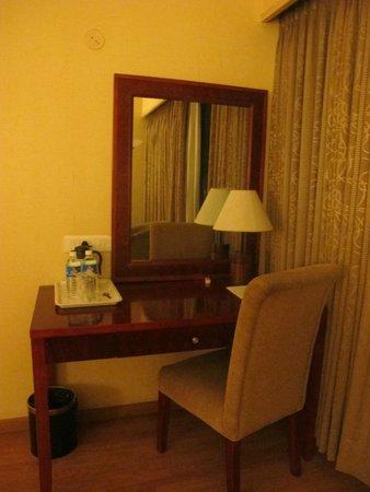 Hotel Krishna Palace: Room