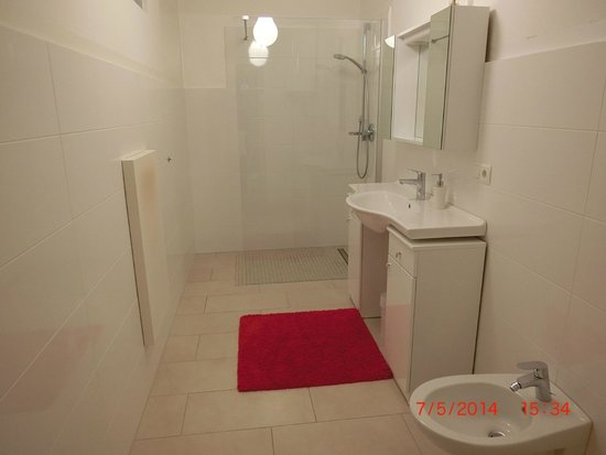 Rosengarten Rooms: Ванная комната