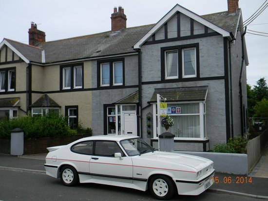 ‪‪Seahouses‬, UK: 1983 Capri Tickford at Ugiebrae House‬