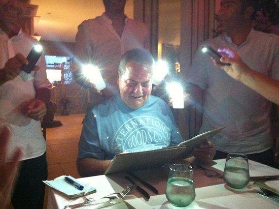 Deniz Feneri Lighthouse: Waiters are very friendly and helpful lol