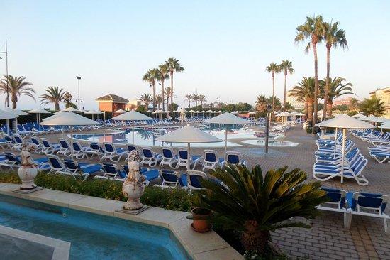 Hotel Pueblo Camino Real : La piscine