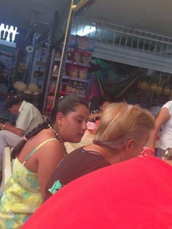 Emporio Ixtapa : la mejor comida de mi estancia (en el mercado)