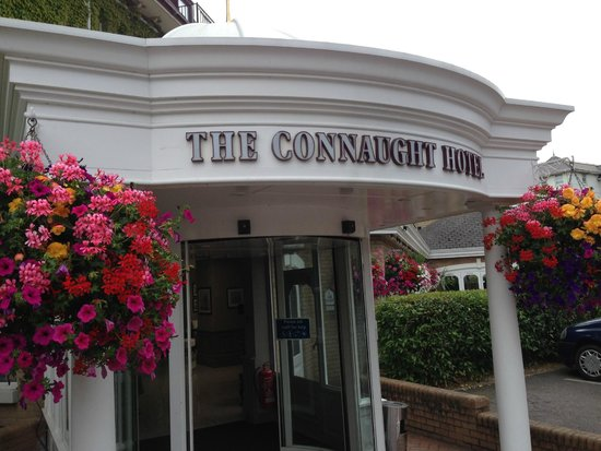 Best Western Plus The Connaught Hotel: Nice entrance to the hotel