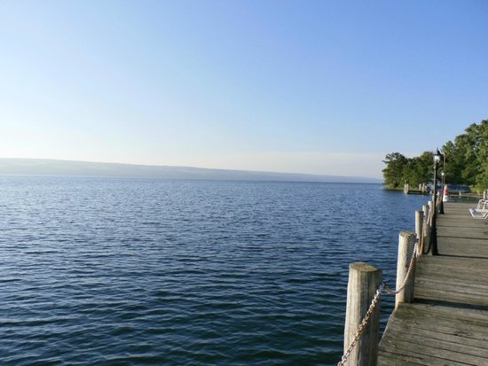 Rainbow Cove Motel: Seneca Lake