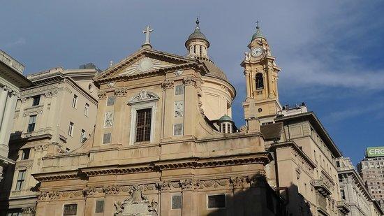 Chiesa del Gesu e dei Santi Ambrogio e Andrea : Генуя: Ц. Христа и св. Амвросия и Андрея.