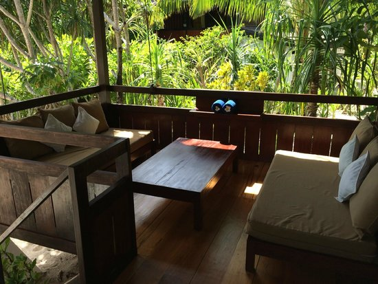 Wakatobi Dive Resort : Beach Bungalow 5
