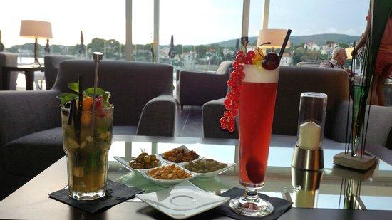 Hôtel Ile Rousse Thalazur Bandol : Cocktails du bar de l'hotel.