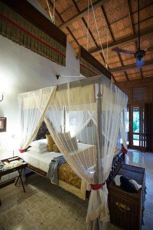 Reef Villa & Spa : Sepalika bed