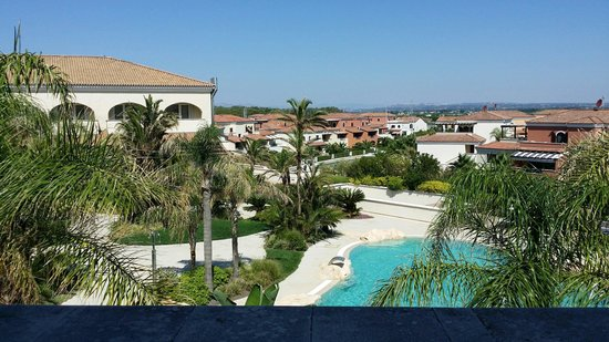 Greenblu Marinagri Hotel & SPA : Ancora gli esterni con la piscina