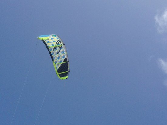 Bavaro Kite School : My new kite. A Cabrinha SwithBlade. The best on the market. I bought it through Felipe
