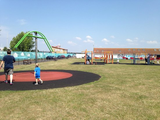 The Strand Leisure Park: Wide park area