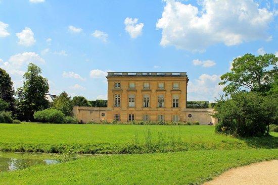 Les Trianons et le Hameau : Petit Trianon