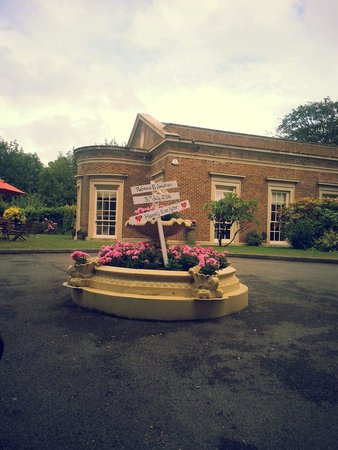 De Courceys Manor: Fantastic Wedding Venue!