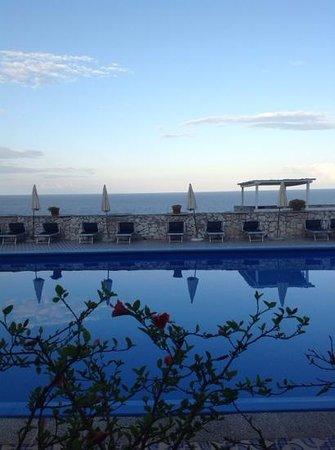 Hotel Piccolo Mondo: magnifico aperitivo al tramonto