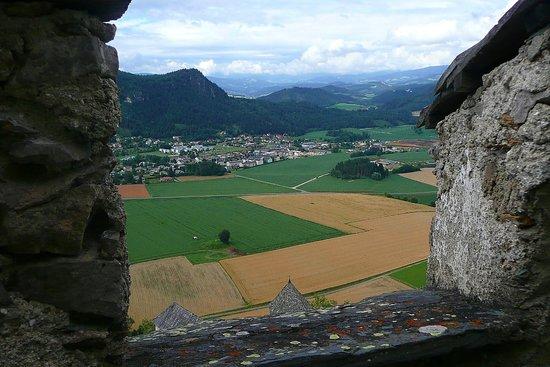 Hochosterwitz Castle (Burg Hochosterwitz) : view from Hochosterwitz castle
