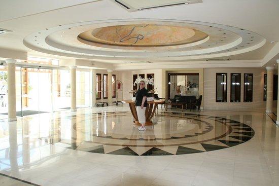 Mitsis Grand Hotel : Receptionsområde
