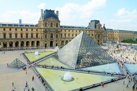 Louvren (105506347)