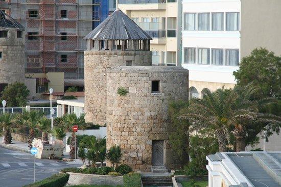 Mitsis Grand Hotel: Gamle krudttårne