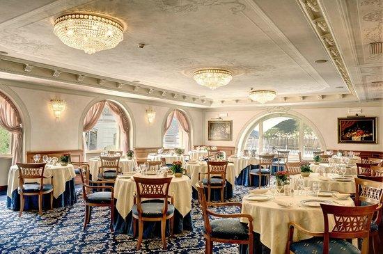 Palace Hotel: Antica Darsena restaurant