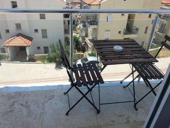 Saylam Suites : ön balkon