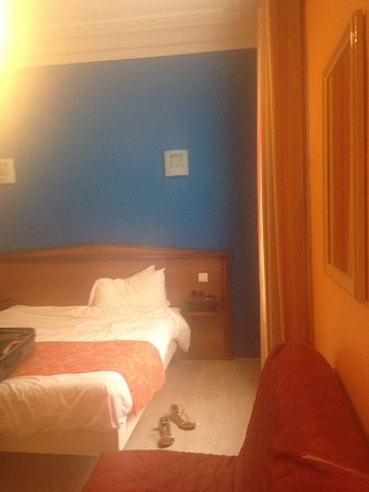 Hotel Richmond: Quarto amplo