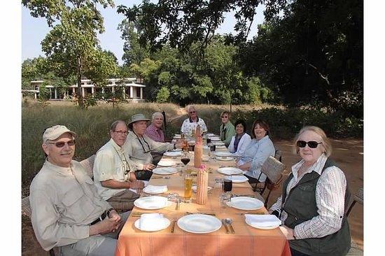 Mahua Kothi: The picnic under the shady mahua trees