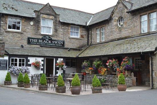 The Black Swan : Very pretty exterior