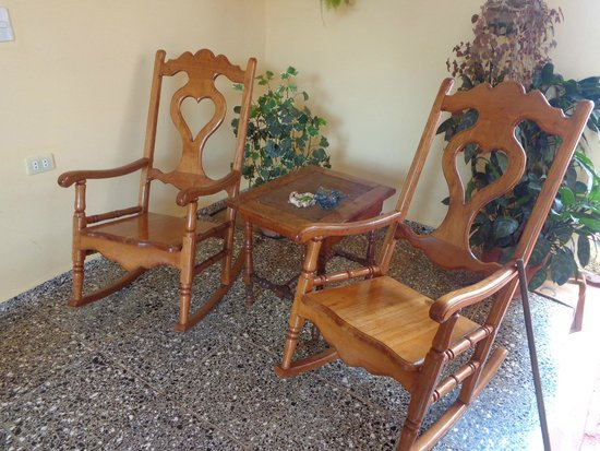 Villa Jorge y Ana Luisa: chairs