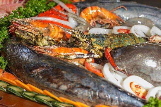 Amani Tiwi Beach Resort: Seafood