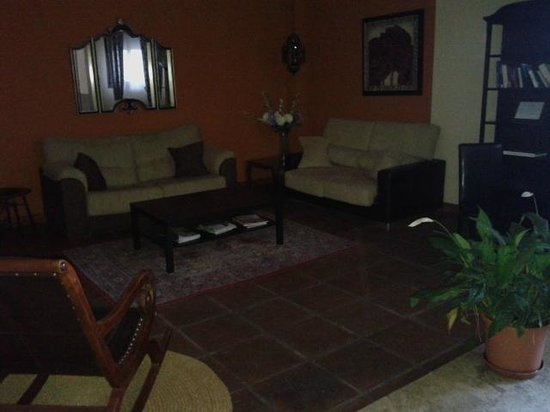 Hostal La Fuente: Zona apartamentos