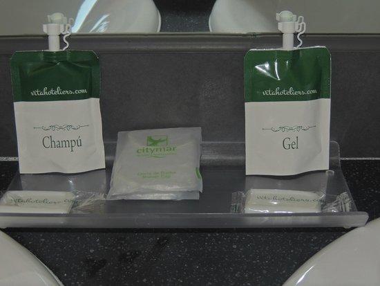 Hotel Layos Golf: productos para el aseo