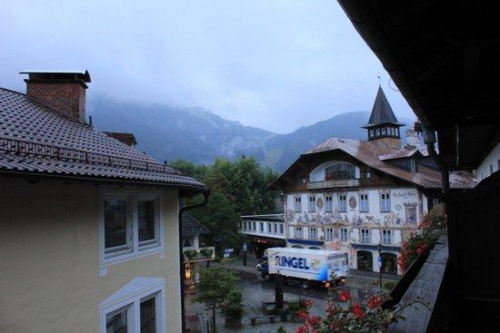 Hotel Wittelsbach: Вид с балкона утром