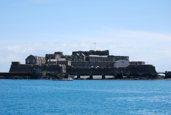 Castle Cornet from the harbor