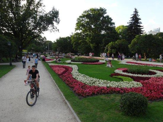 Vermanes Park: flores no parque