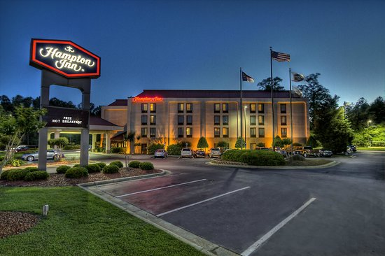 Hampton Inn - Rocky Mount : Hotel Exterior