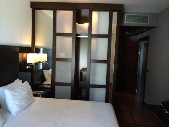 AC Hotel Palacio Universal: Quarto da suite