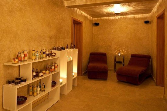 Riad Tahili & Spa