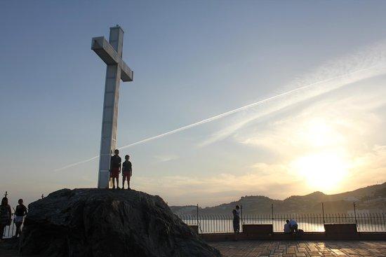 Almuñecar Playa Spa Hotel: Foto desde el Peñón del Santo. Atardecer.
