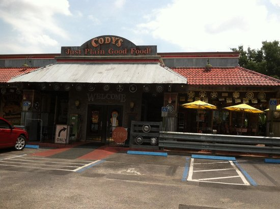 Cody's Original Roadhouse: Cody's main entrance.