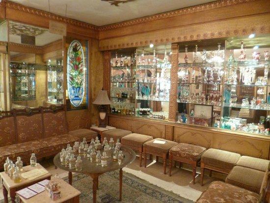 Aqua Blue Sharm Excursions - Day Tours: Perfumery/Aromatherapy