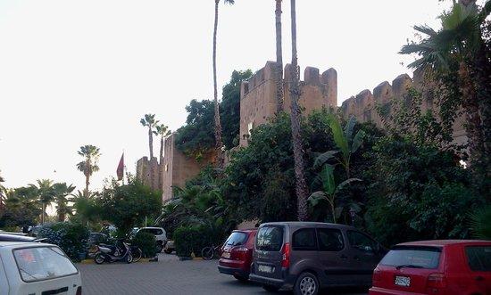 Palais Salam: Esterno