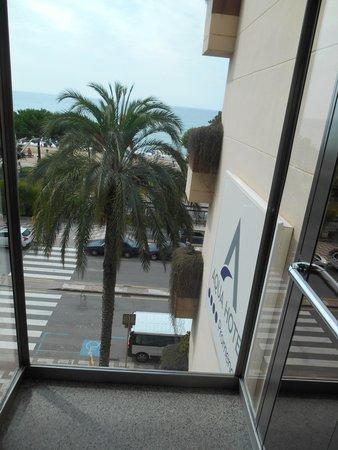 Aqua Hotel Promenade: Panoramafahrstuhl