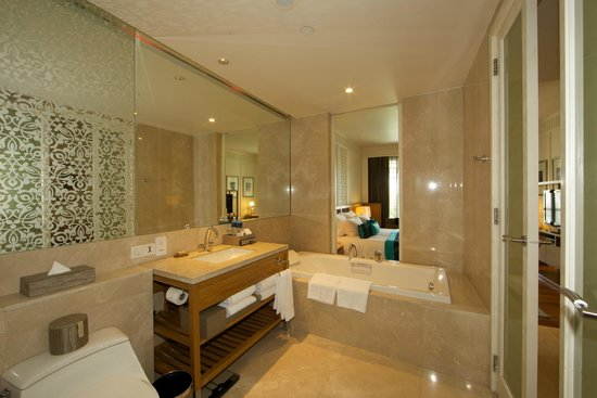 InterContinental Hua Hin Resort : Bathroom.