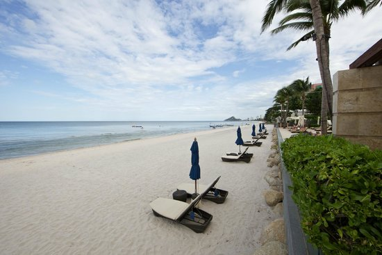 InterContinental Hua Hin Resort: Beach front.