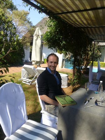 Indigo Fields Farm House and Spa: Lunch outside...
