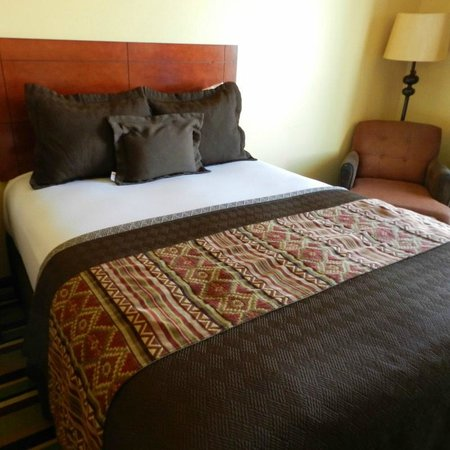 Moenkopi Legacy Inn & Suites: Queen Bed