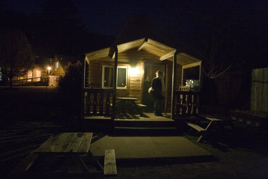 Raccoon Mountain RV Park and Campground: Cabin