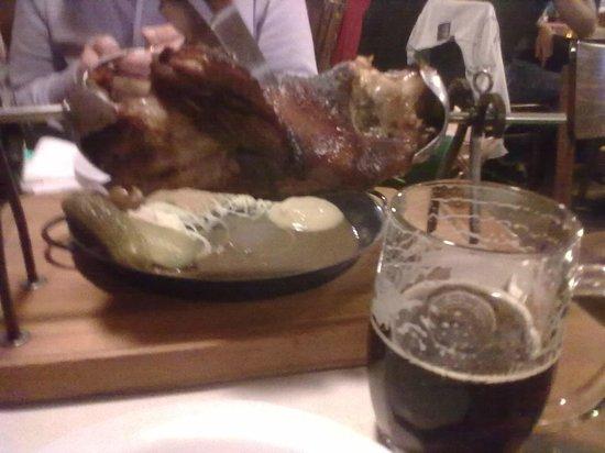 Zlaty Klas: Колено и пиво