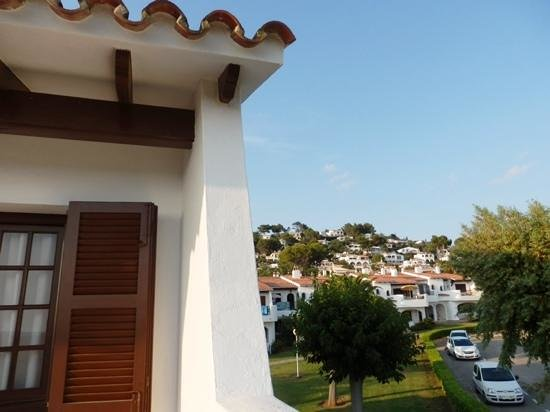 Apartamentos Son Bou Gardens: view looking inland