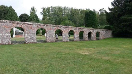 Highclere Castle: Monk's garden